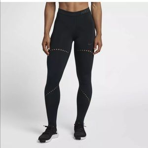 Nike Pro Hyperwarm Training Tight